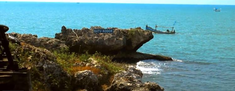 Pantai Tanjung Kodok di Lamongan