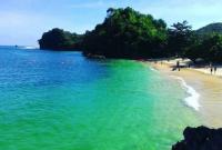 Pantai Tiga Warna Di Malang yang Wajib Dikunjungi