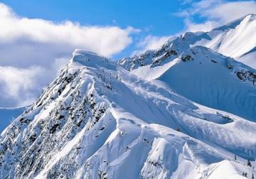 Sejarah Pendakian ke Gunung Jayawijaya