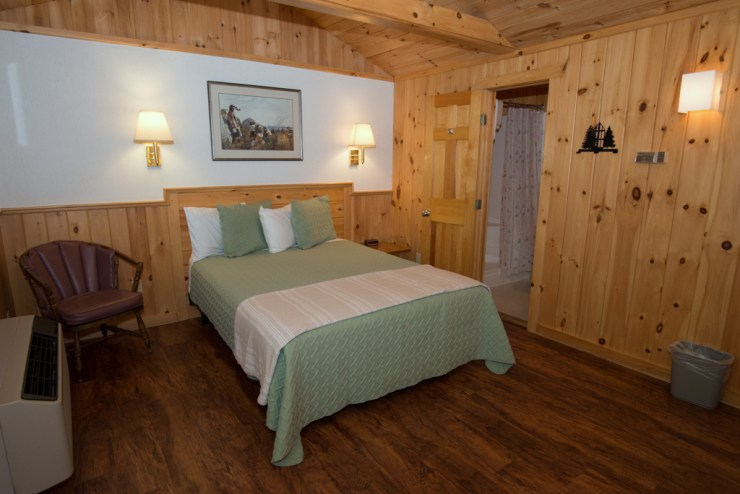 Our pet friendly cottage room has a private back porch.