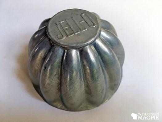 metal Jell-O mold