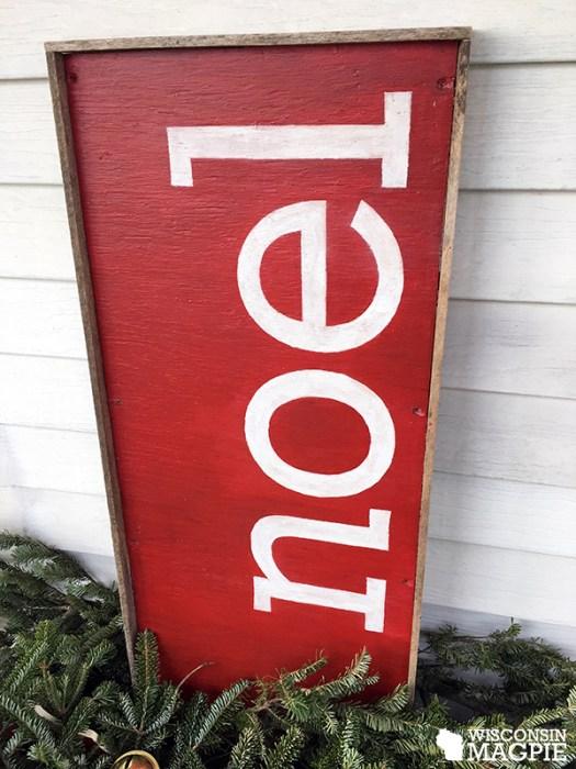 wooden noel sign