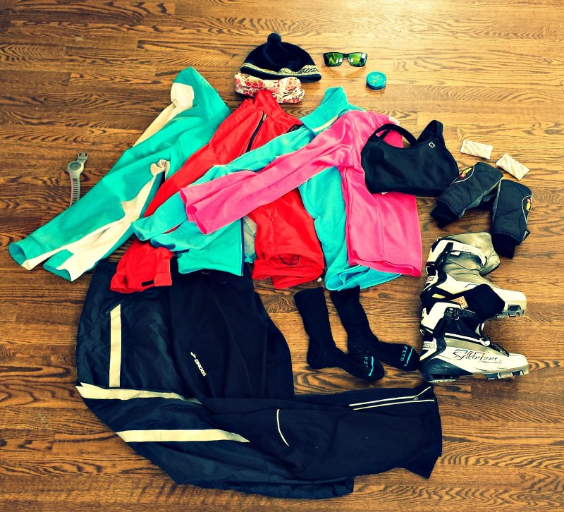 Layers to wear when skiing on a cold day