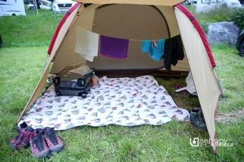 海外露營。如何在Snow Peak SDE-003R前庭晾毛巾衣服