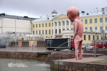 赫爾辛基露天市集廣場。體驗海鮮&馴鹿在地美食
