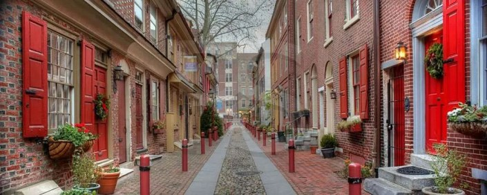 Elfreth's Alley FROM:  http://tiny.cc/zhi5ux