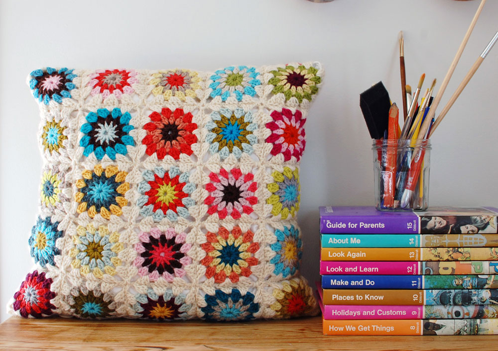 How To Crochet A Granny Square With A Circle Center Wise Craft