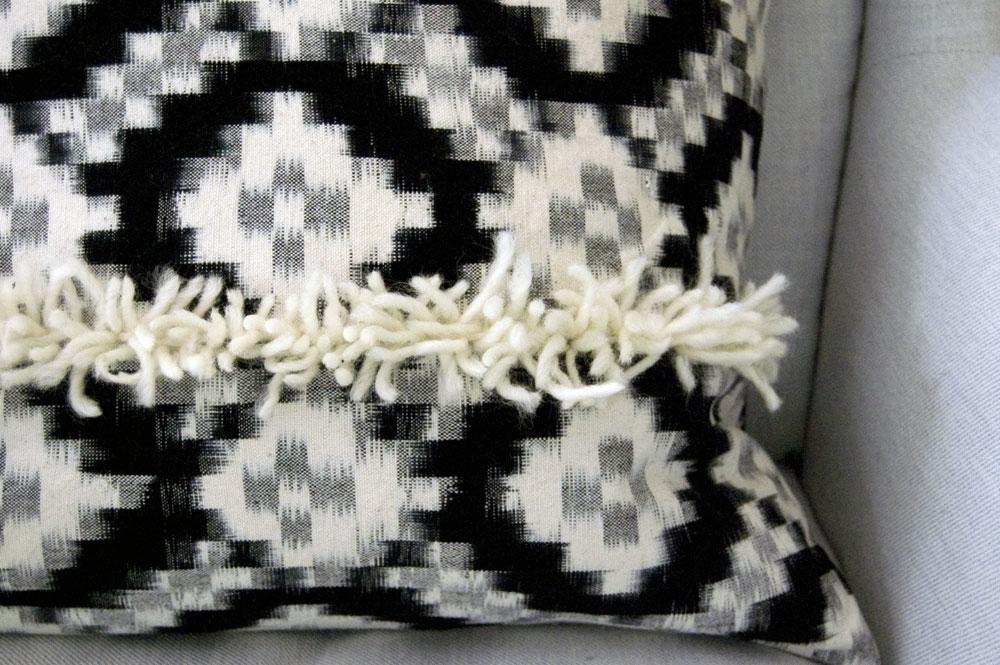 diy-pillow-texture-detail