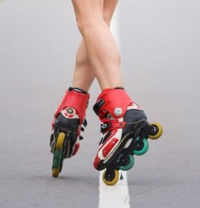 How-to-Stop-on-Inline-Skates---A-Beginners-Guide