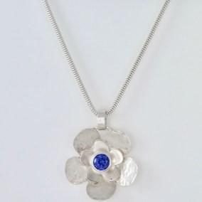 Flower_necklace_tanzanite_silver