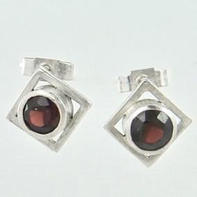 Garne_geometric_earrings