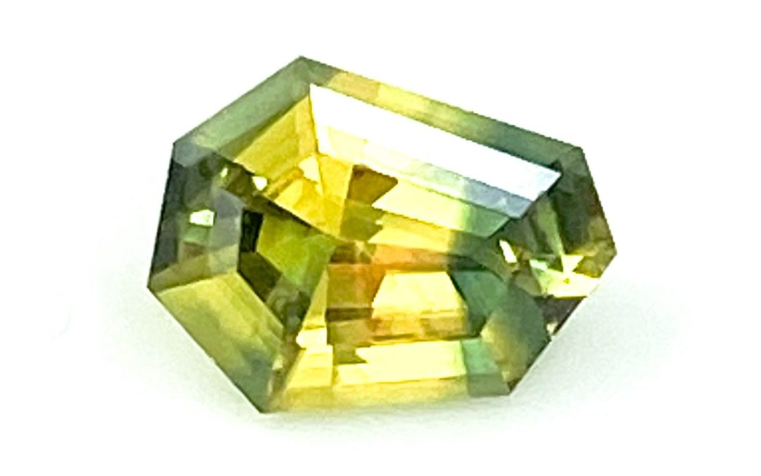 How do you assess a gemstone?