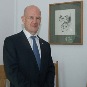 See How The Ambassador Of Ireland To Nigeria Beat Lagos Traffic (Photo)