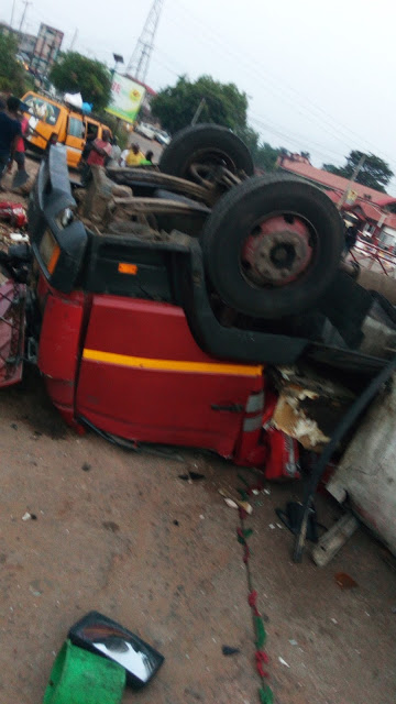 Anambra Auto Crash: 6 Dead, 14 Injured (Photos)