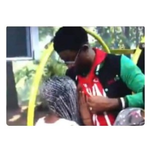 #BBNaija : Diane Caught Sucking Seyi