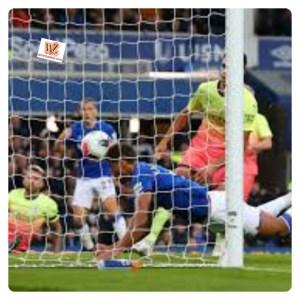Everton vs Manchester City 1-3 - Highlights