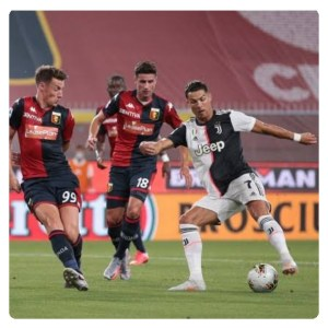 Ronaldo driblling in Genoa vs Juventus Highlight