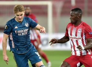 Olympiacos vs Arsenal 1-3 Highlights Download