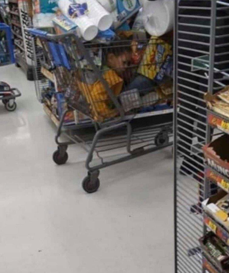 En este supermercado venden de todo.