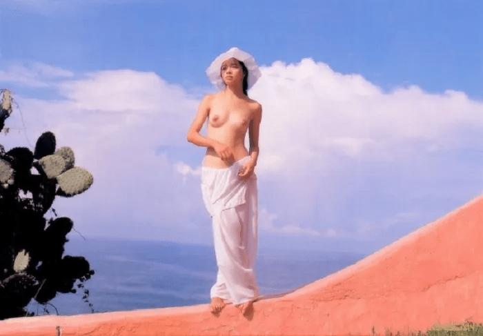【Angel】【Venus】ビビアン・スーが脱いだ写真集のエッチな画像集【乳首ありヌード】