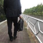 通勤時間が長いとストレスでうつに?独身者は職住近接の一人暮らしを!