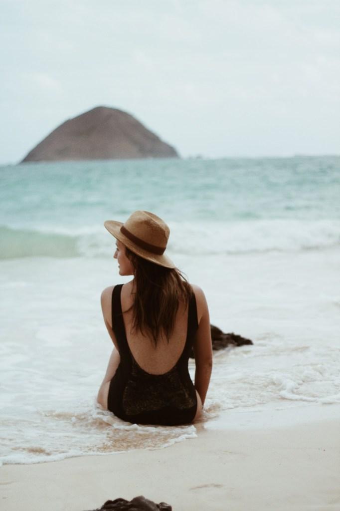 classic beach babe pic