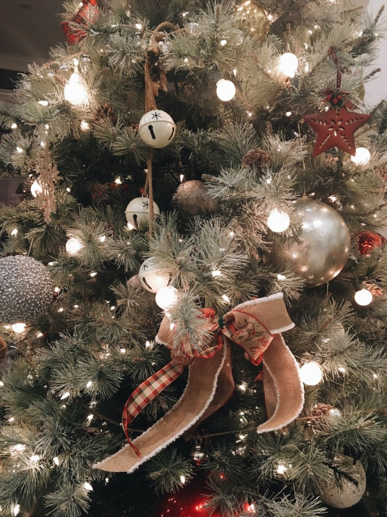 fancy christmas tree ornaments