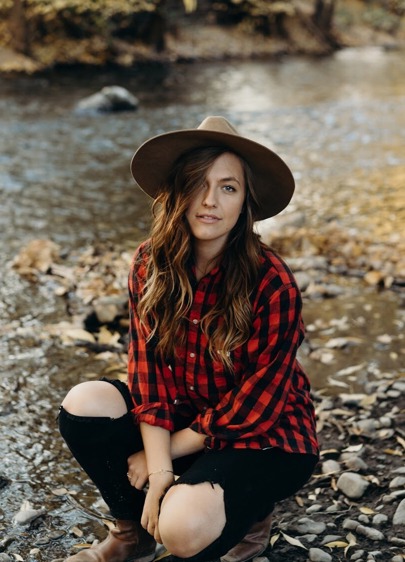 red plaid fall outfit style