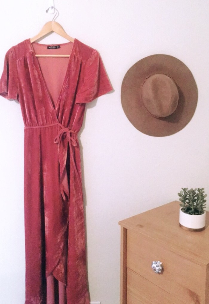 pink-velvet-wrap-dress-nasty-gal