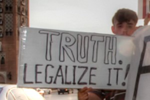 02 truth legalise