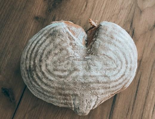 Chléb ve tvaru srdce