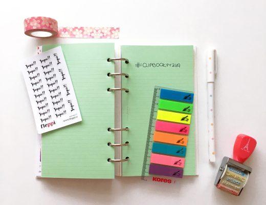 Clipbook, psasí potřeby a razítko