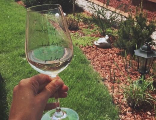 Víno na zahrádce