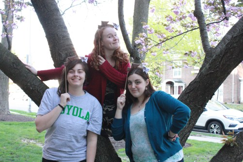 Guest Annie Malady poses with Claire McCrea and Erin Venable in front of a tree for Wishbonafide Episode 13