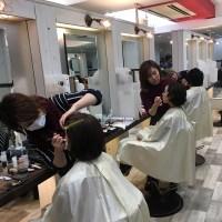 メイク勉強会☆美容師は髪だけでなく顔も綺麗にできるのです☆