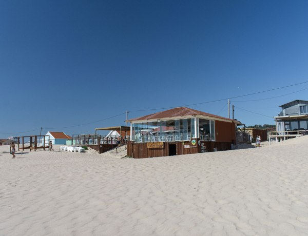How to get from Costa da Caparica from Lisbon