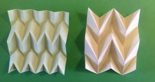 hier zijn de verticale vouwen netjes parallel