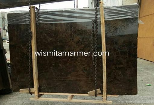 supplier-marmer-supplier-marmer-indonesia-harga-marmer-harga-marmer-import-harga-marmer-ujung-pandang-supplier-marmer-jakarta-gudang-marme-marmer-dark-emperador-slab