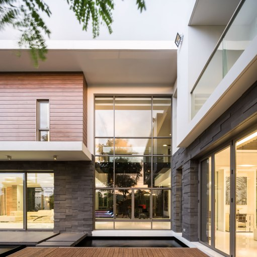 Residence S by Dhevanand