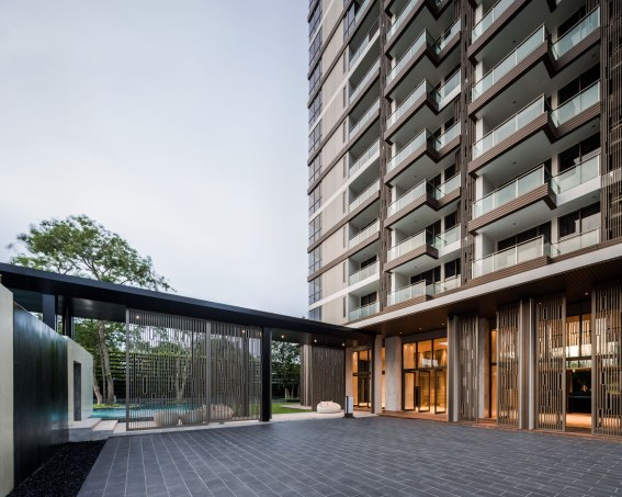 Baan Plai Haad Condominium in Pattaya by Sansiri. Architects » Steven J. Leach, Jr. + Associates Limited. Landscape Architect » TROP.