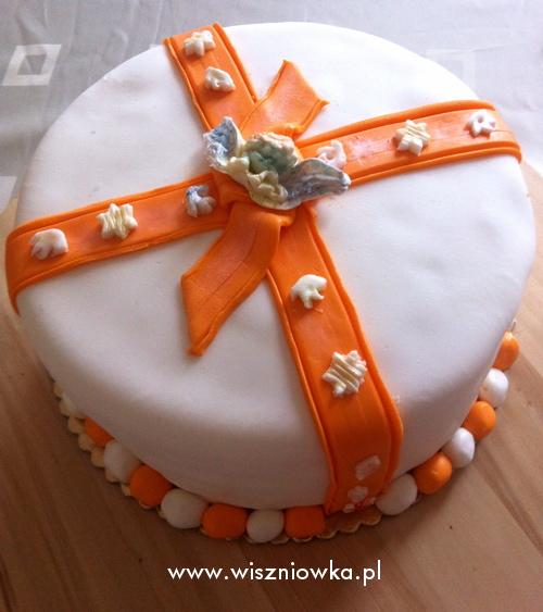 tort pomniejszony z napisem