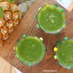 Zielony koktajl z ananasem, przyspieszający odchudzanie