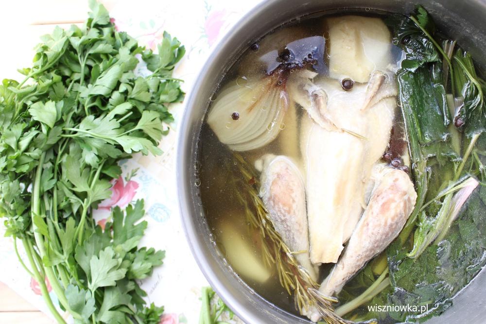 Jak ugotować dobry rosół? Porady staropolskich kucharek.