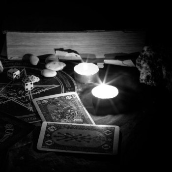 Tarot Readings & Oracle Readings