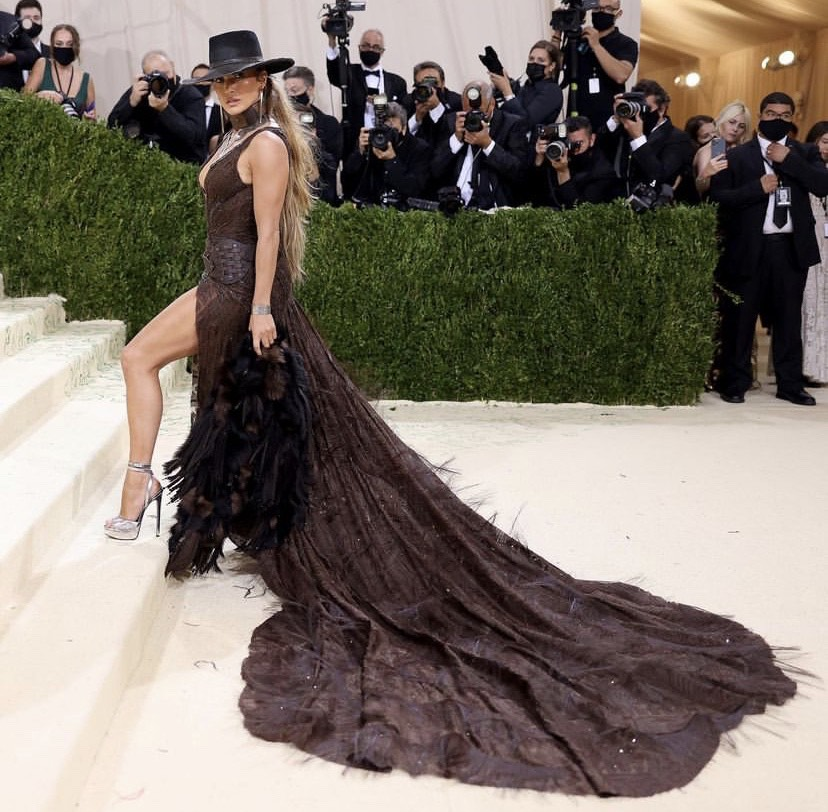 JLO Jennifer Lopez METGala VOGUE fashion magazine algerian
