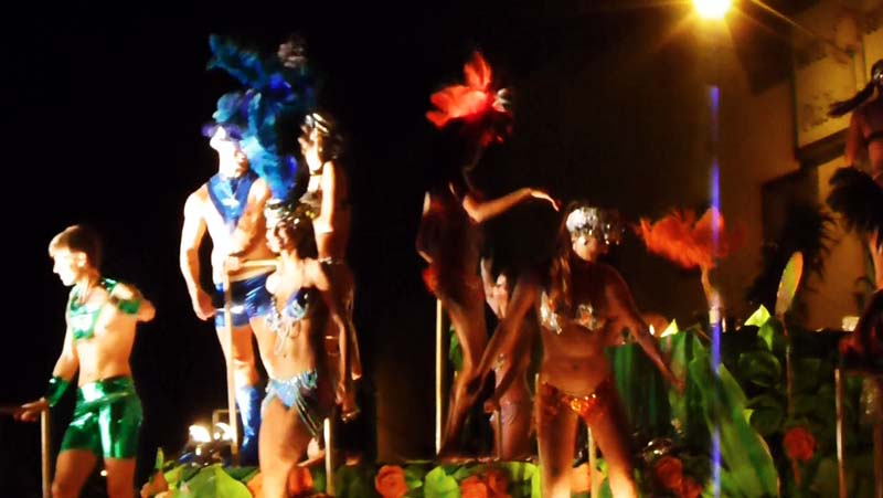 Mazatlan Carnaval - Special Brazilian dancers flown in for the event!