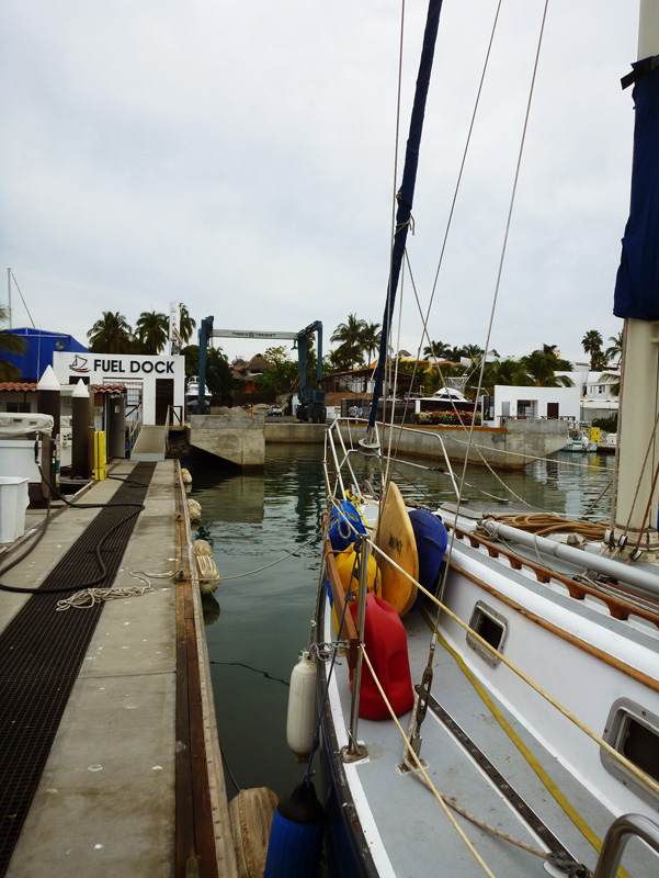 Hauling out at La Cruz Shipyard - our first time in a Travelift