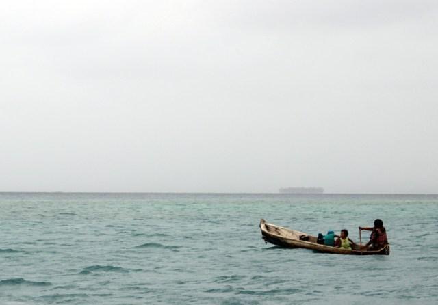 Kuna Yala - Dugout Canoe - San Blas