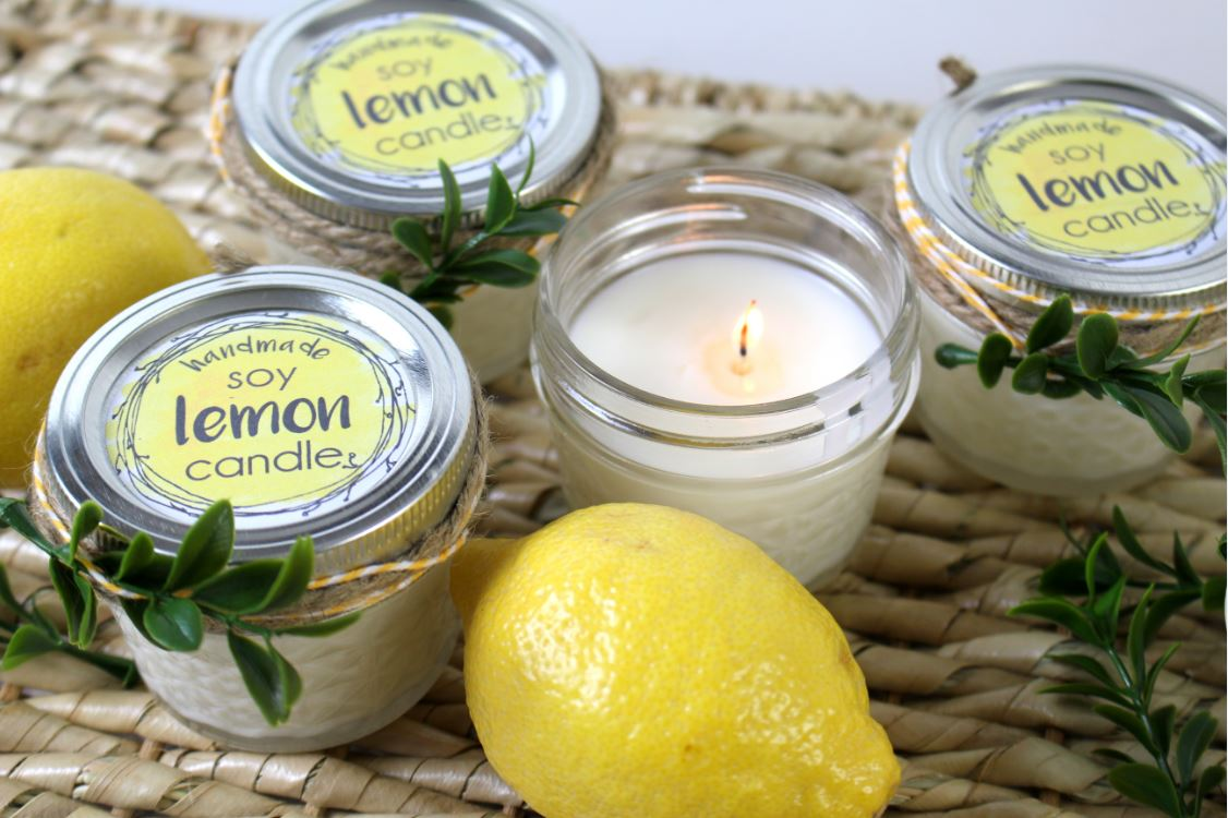 DIY Lemon Soy Candles to give as a homemade gift with free labels