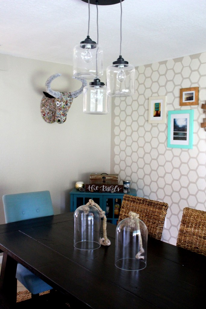 Creating a unique space by changing the chandelier